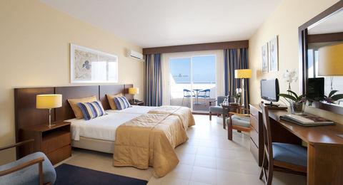 Hotel Roca Mar - Hotel Roca Mar   Roca Mar Lido Resorts